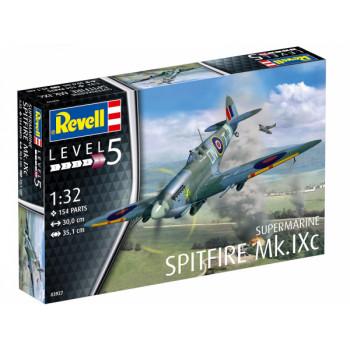 Британский истребитель Spitfire Mk.IXC времен Второй мировой войны