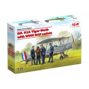32037 ICM DH. 82А Tiger Moth с кадетами RAF сборная модель
