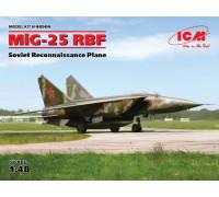 МиГ-25 РБФ, Советский самолет-разведчик