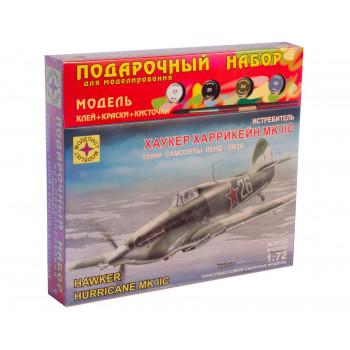 """Истребитель P-51D """"Мустанг"""" (1:72)"""