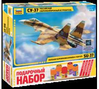 Самолет Су-37