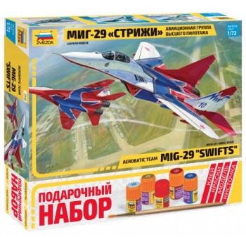 """Самолет МиГ-29 авиагруппа """"Стрижи"""""""