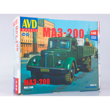 1365AVD Сборная модель МАЗ-200 бортовой