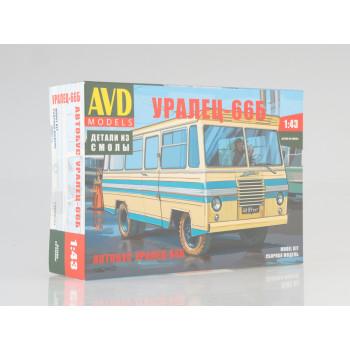 1362AVD Сборная модель Автобус Уралец-66Б
