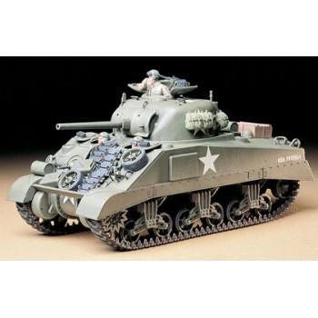 Американский средний танк М4 Sherman (ранняя версия) 1942г. с 3 фигурами танкистов