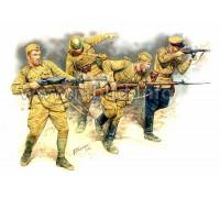 Фигуры Серия Восточный Фронт. Набор № 2. Советская пехота в действии, 1941-1942