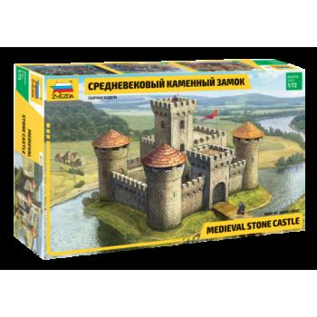 Средневековый каменный замок