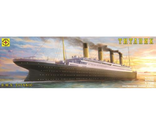 "Лайнер ""Титаник"" (1:700)"